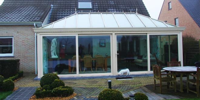 Wat best kiezen een plat of een hellend dak - Pergola dak platte ...