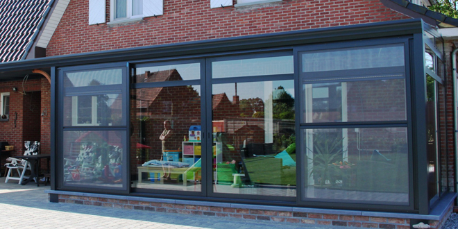 Voordelen van een veranda met schuifdak - Interieur van een veranda ...
